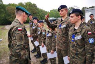 Kujawska Szkoła Wyższa - Galeria: Obóz szkoleniowy na poligonie w Łojewie