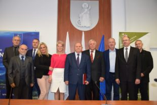 Kujawska Szkoła Wyższa - Galeria: II Podhalańskie Forum Proobronności w Nowym Targu