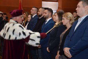 Kujawska Szkoła Wyższa - Galeria: Uroczysta Inauguracja Roku Akademickiego 2021/2022